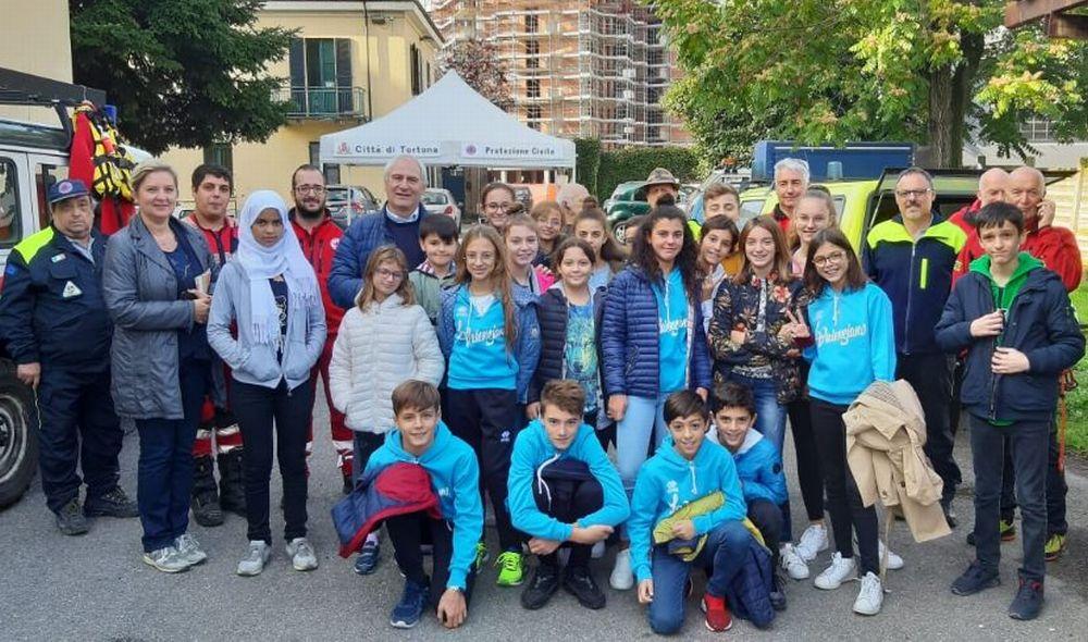 I bambini del San Giuseppe di Tortona hanno visto come funziona la Protezione Civile. Le immagini