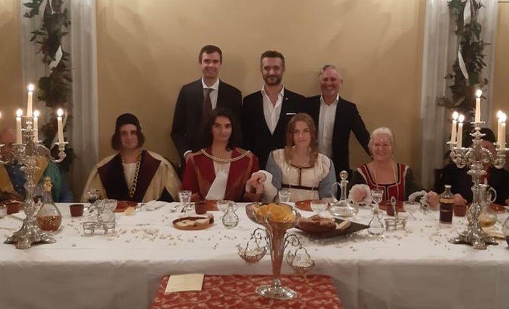 Le immagini della cena leonardesca a Tortona, un successo