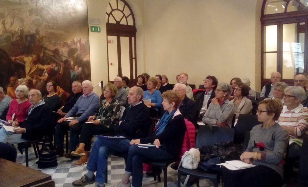 Grande successo del corso per i nonni digitali alla Biblioteca di Tortona