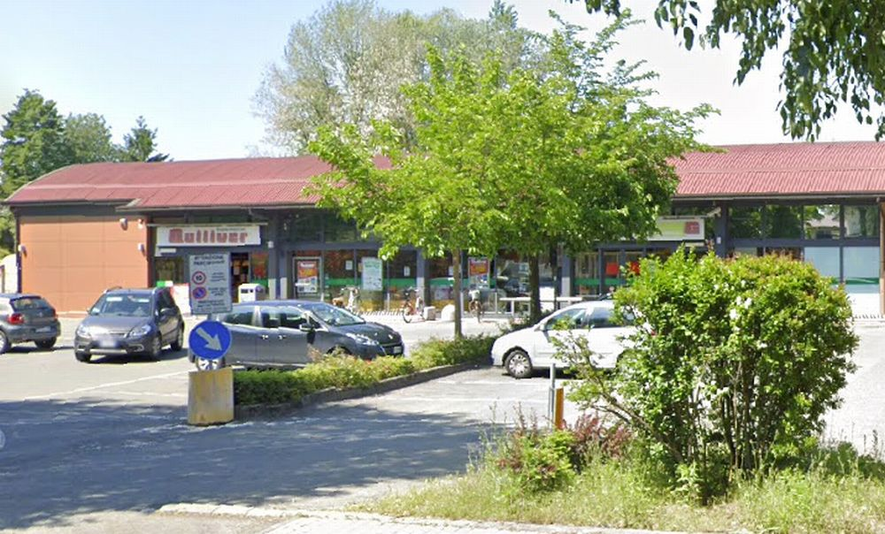 Con l'acetilene fanno esplodere la Cassa continua del supermercato Gulliver di Castelnuovo Scrivia e rubano