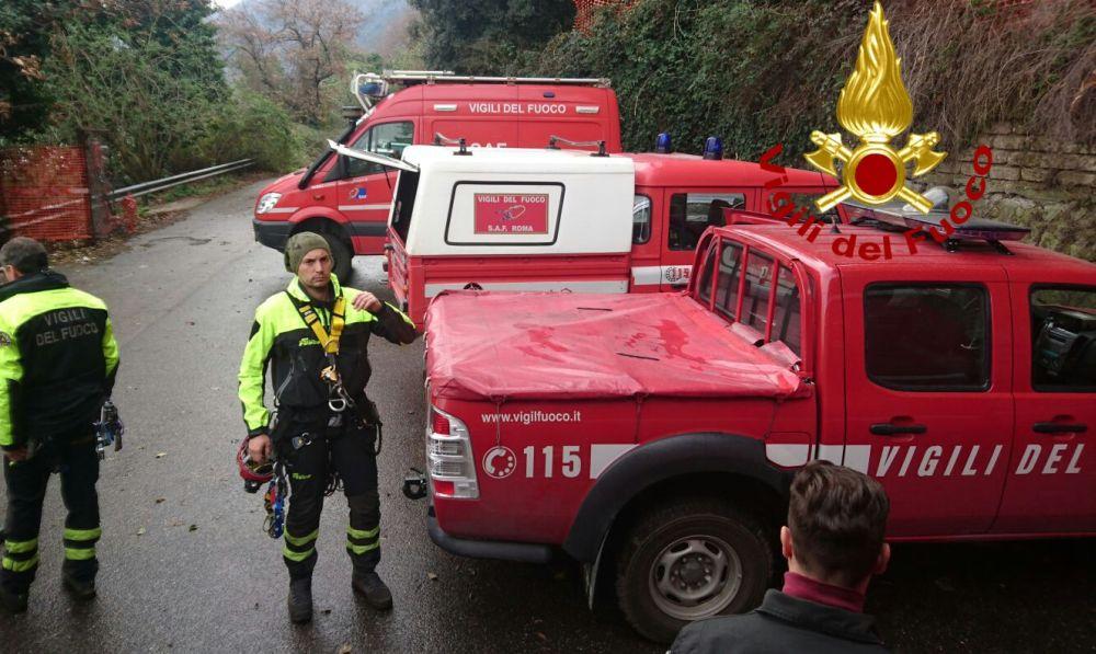 Casa a fuoco a San Sebastiano Curone e cacciatore in shock anafilattico a Garbagna: salvati dai pompieri