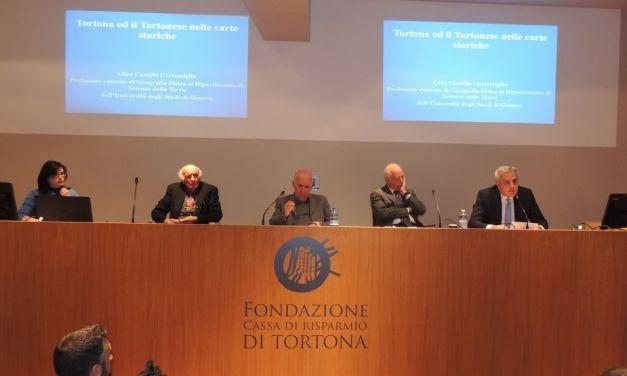 Presentato il libro sulla storia di Tortona di Giancamillo Cortemiglia a favore dell'Anffas grazie alla Fondazione