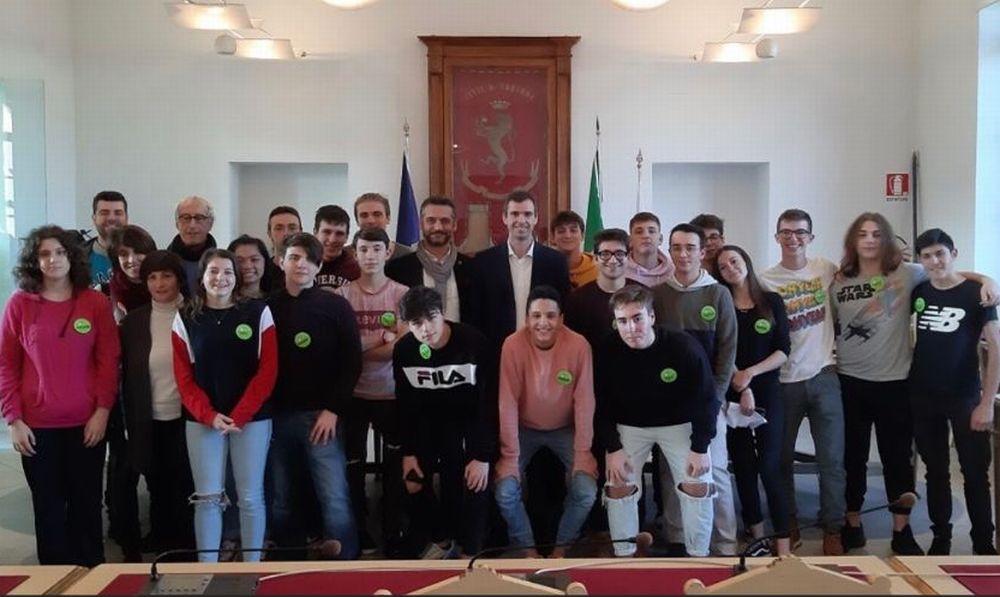 Tanti giovani hanno visitato il municipio di Tortona grazie alle mattinate d'inverno organizzate dal FAI