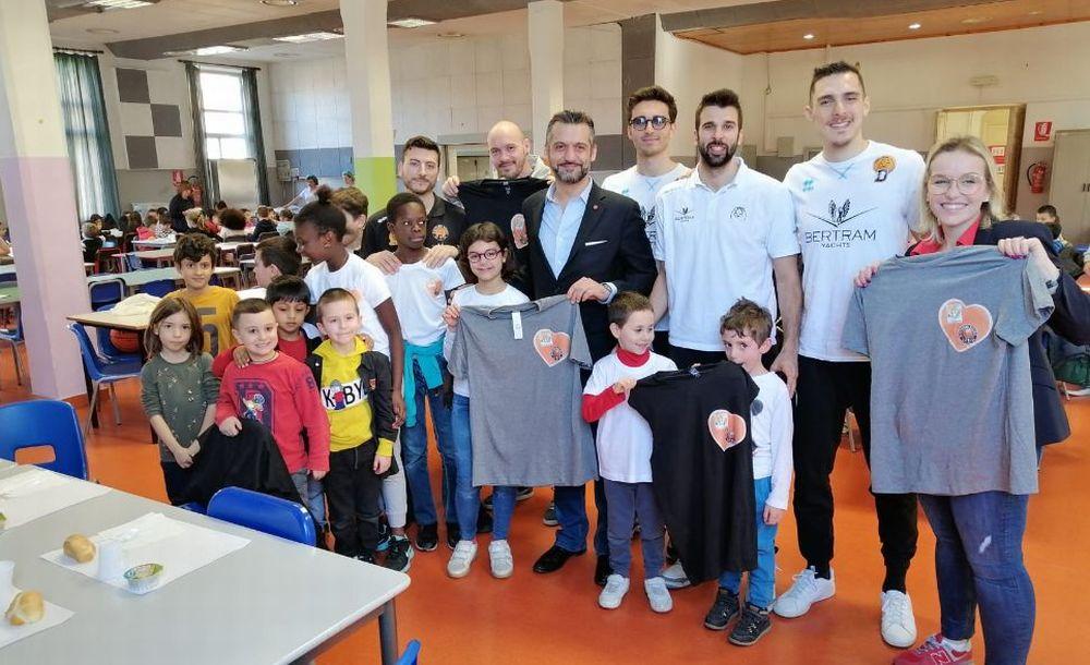 """Consegnati presso la 'Casa del Bambino' di Tortona i giochi raccolti con l'iniziativa """"Gift&Go"""""""