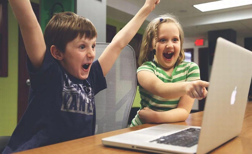"""Per i bambini a Tortona arriva l'iniziativa """"Tartaruga"""" iniziative multimediali per farli giocare"""