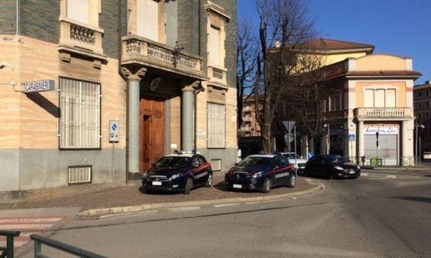 Tortona, assalto nella notte allo sportello di una banca: entrano e rubano 10 mila euro. Indagano i Carabinieri