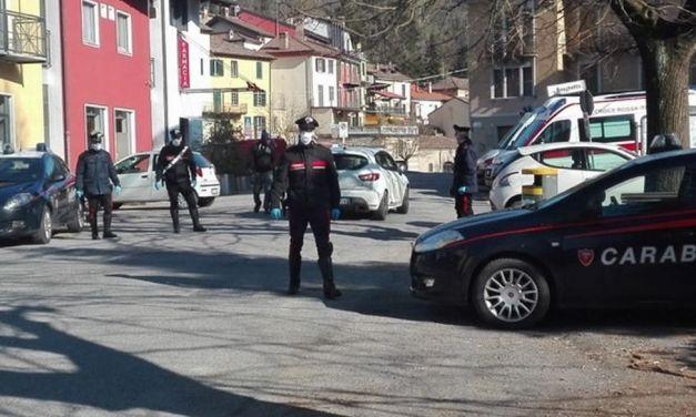 Tre giovani offrono seghe a un commerciante di Monleale che chiama subito i Carabinieri