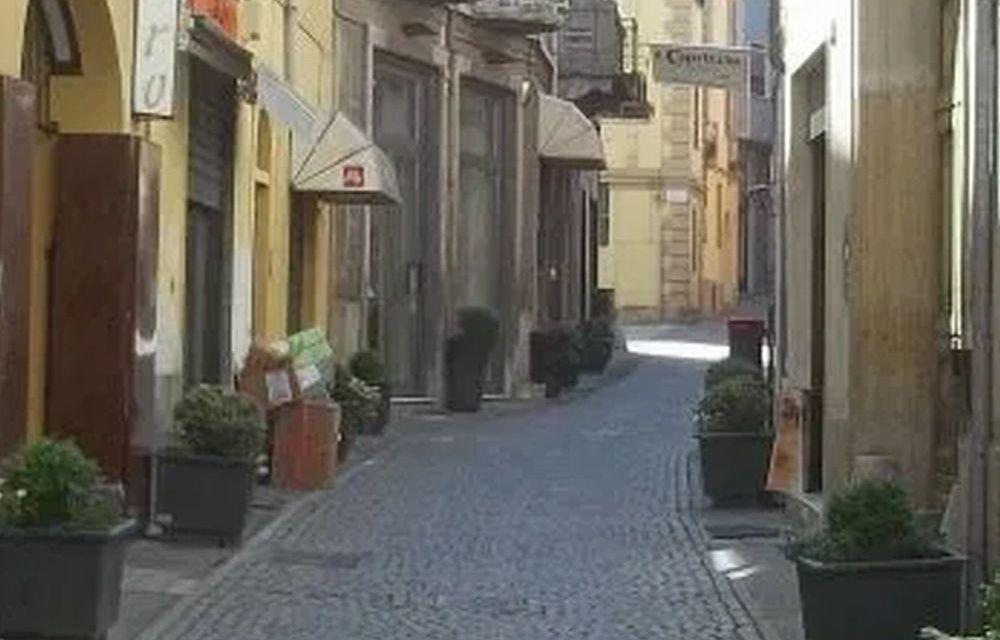 Incredibile ma vero: a Tortona in questo periodo rubano persino gli alberelli in via Fracchia