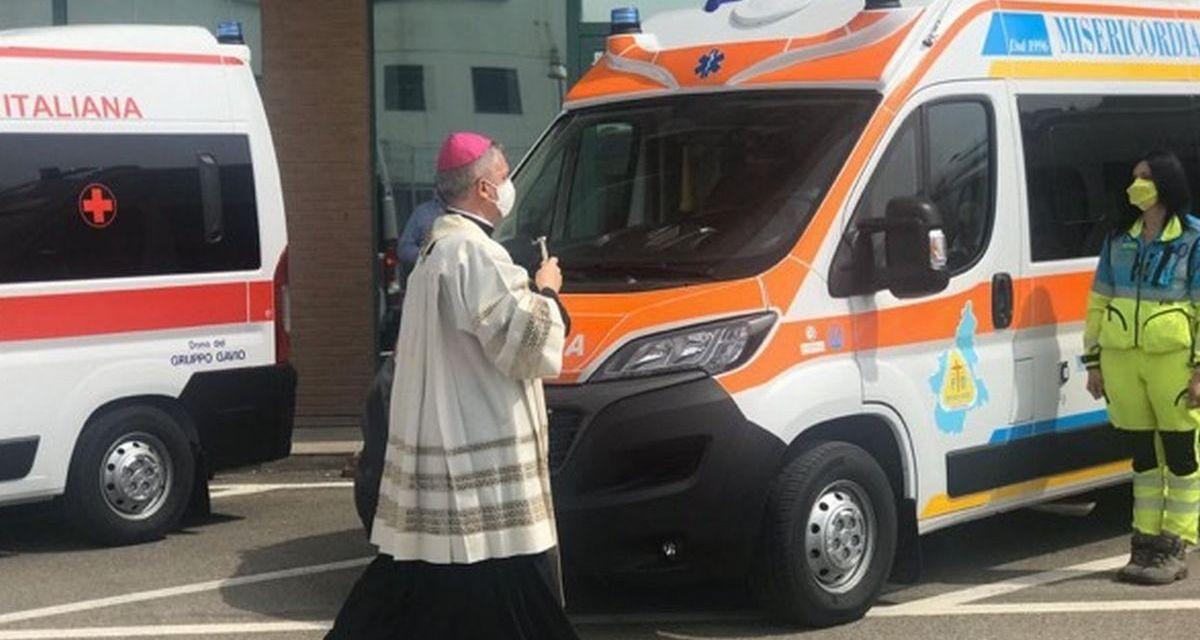 Il Gruppo Gavio regala 6 ambulanze alla Cri della Provincia e una alla Misericordia di Tortona