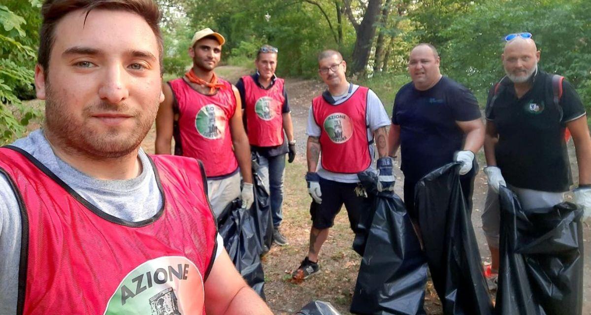 I volontari di Azione Tortona hanno pulito un'area al Parco dello Scrivia