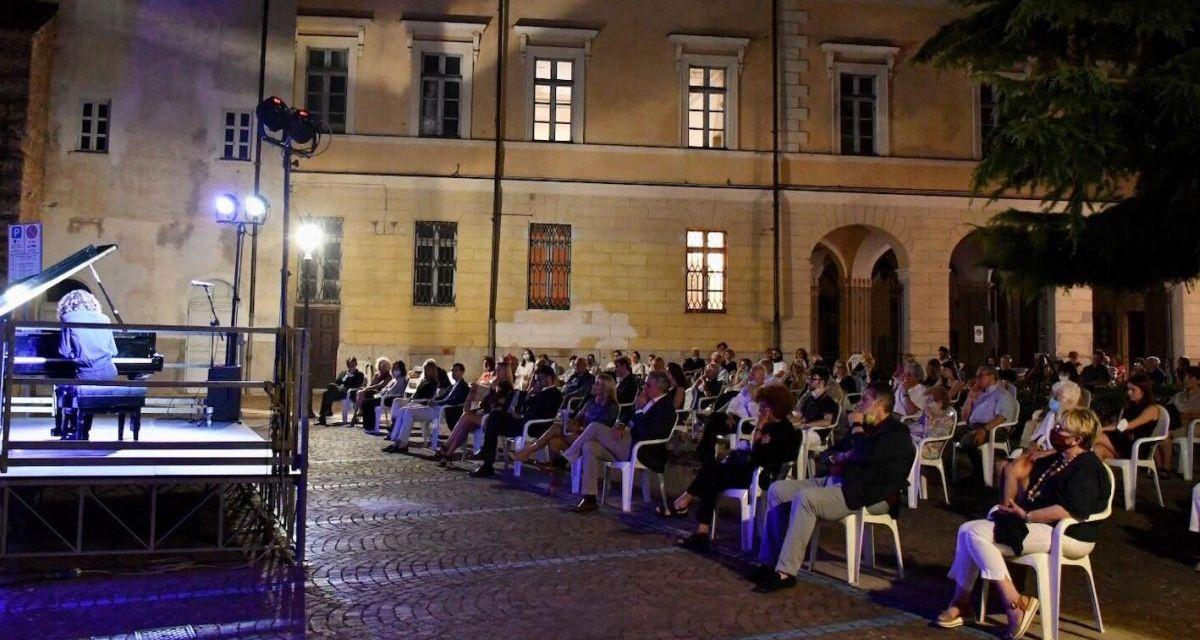 Il concerto dell'Accademia San Matteo è stato un successo: i tortonesi hanno voglia di aggregazione. Le immagini