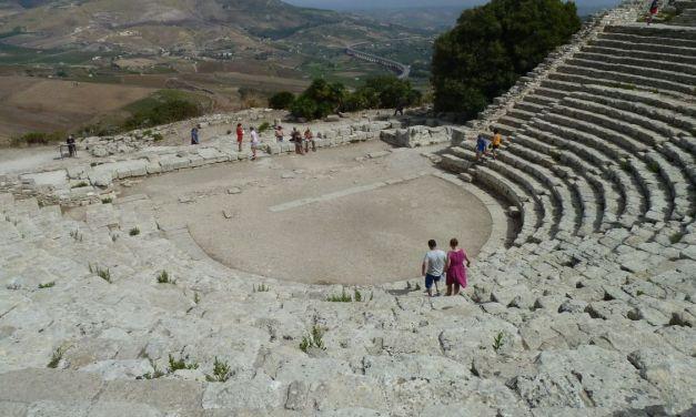 Viaggiareoggi: il Parco archeologico di Segesta, in Sicilia. Di Viviana Ferentilli