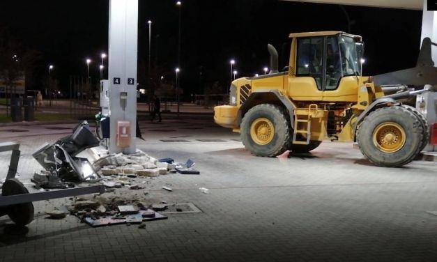 I Carabinieri arrestano la banda che aveva preso d'assalto distributori di benzina a Tortona, Novi, Voghera e altri