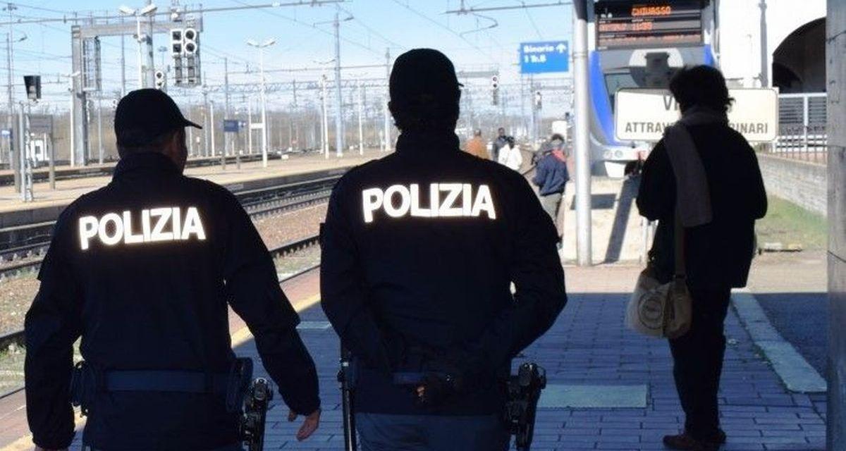 Sorpreso nella stazione di Alessandria con una pistola e denunciato dalla Polfer