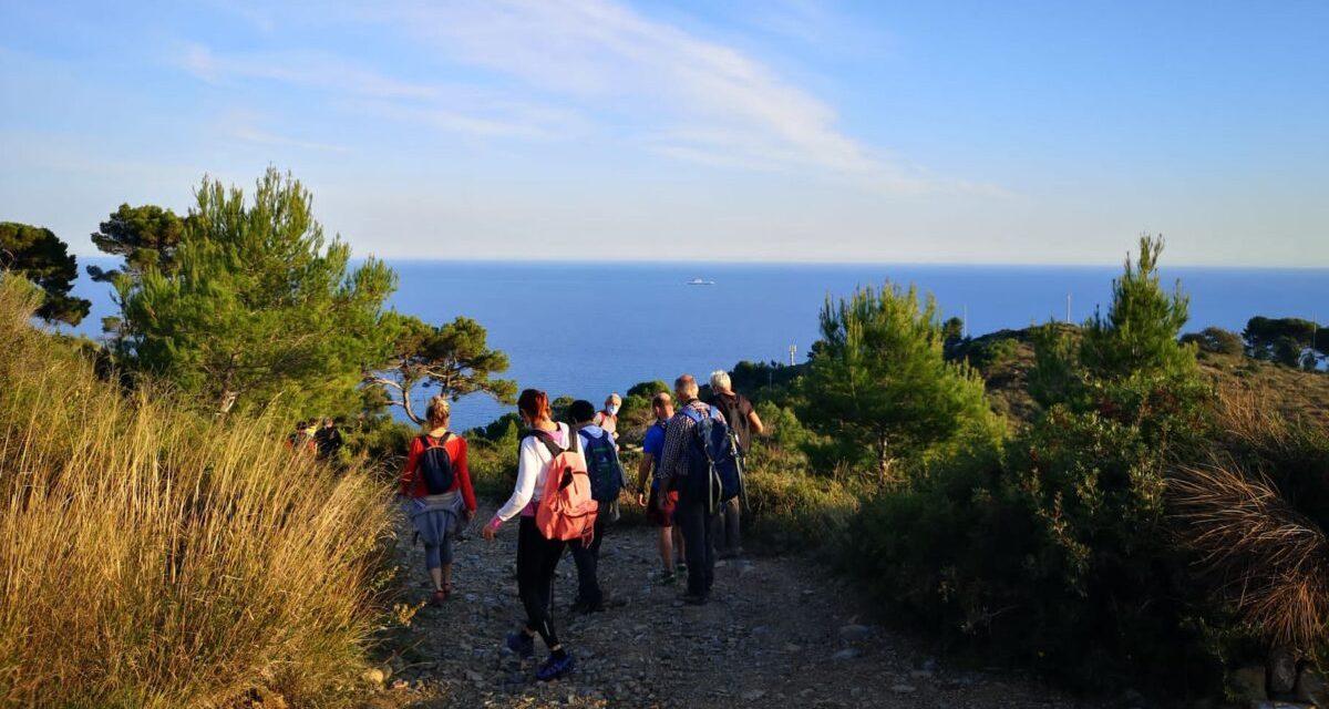 """Un successo la camminata dell'Anello di Costa di """"Sui Sentieri del Golfo"""""""
