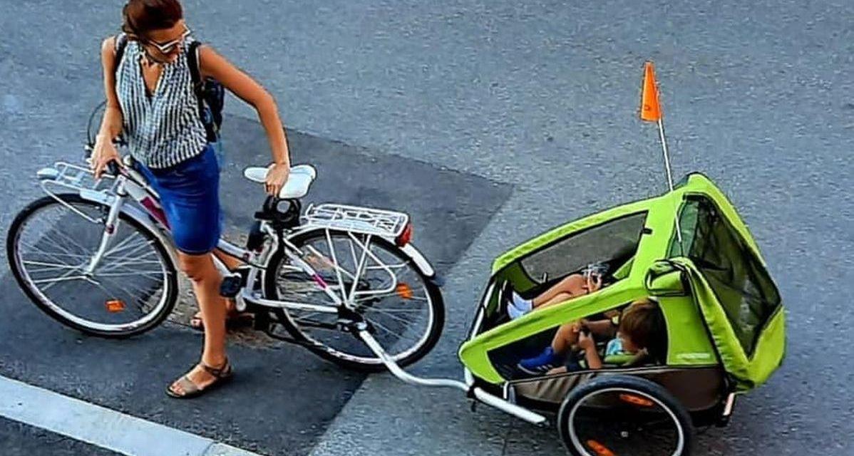 A Tortona due ragazzi rubano questo carrello ma la mamma lo divulga sui Social e viene ritrovato dai Carabinieri. La storia