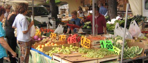 Mercato ambullante frutta - G