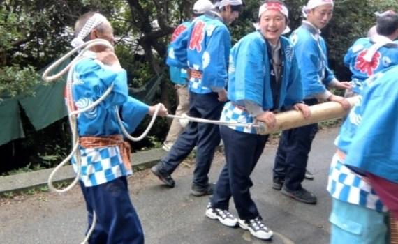 M. Yamada au Matsuri de Karato sur Teshima