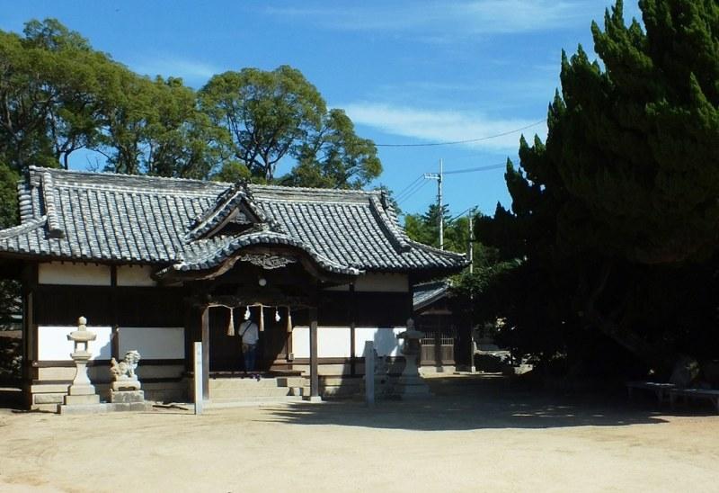 13 - Honjima - temple