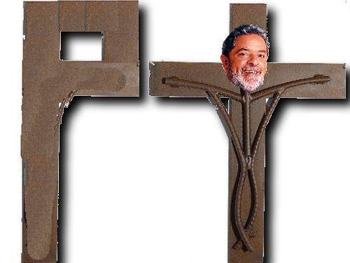 Lula Crucificado em Curitiba