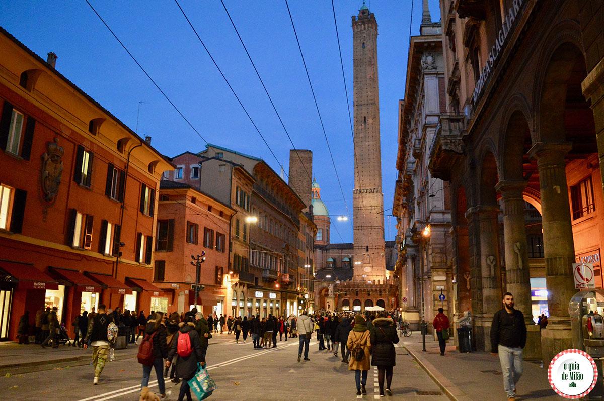 O que fazer em Bologna Itlia  O Guia de Milo