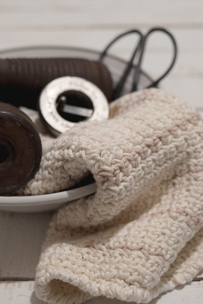 Free Crochet Pattern For The Farmhouse Washcloth