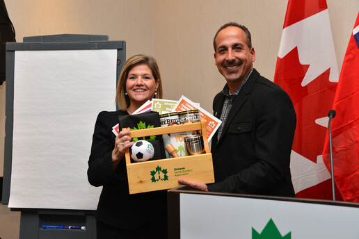 horwath_needs_molinaro_cropped_out_