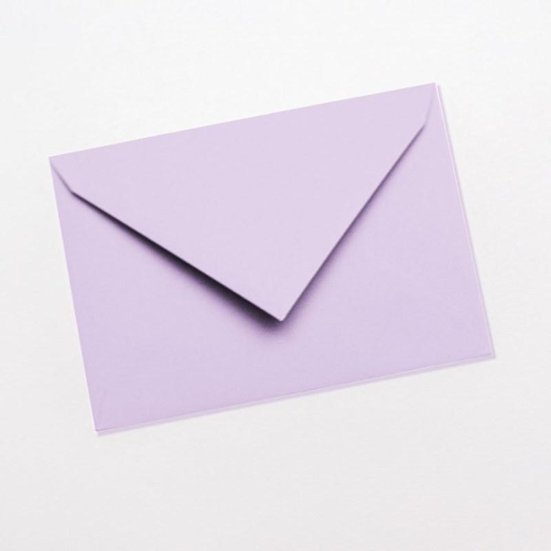 gekleurde enveloppen lichtpaars lila lavendel pastel