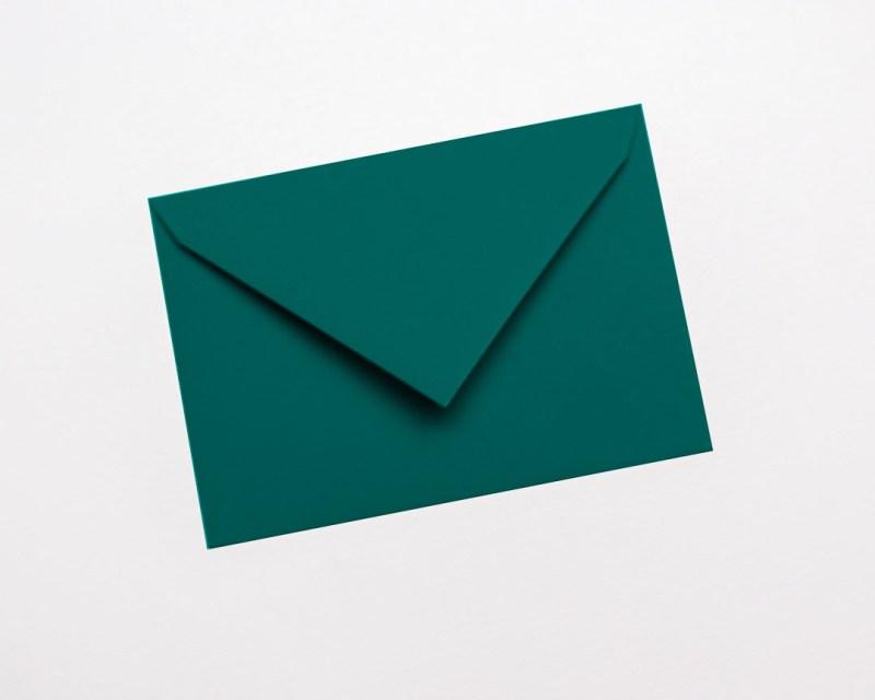 gekleurde enveloppen petrolblauw appelblauwzeegroen blauwgroen teal munt petrol donker