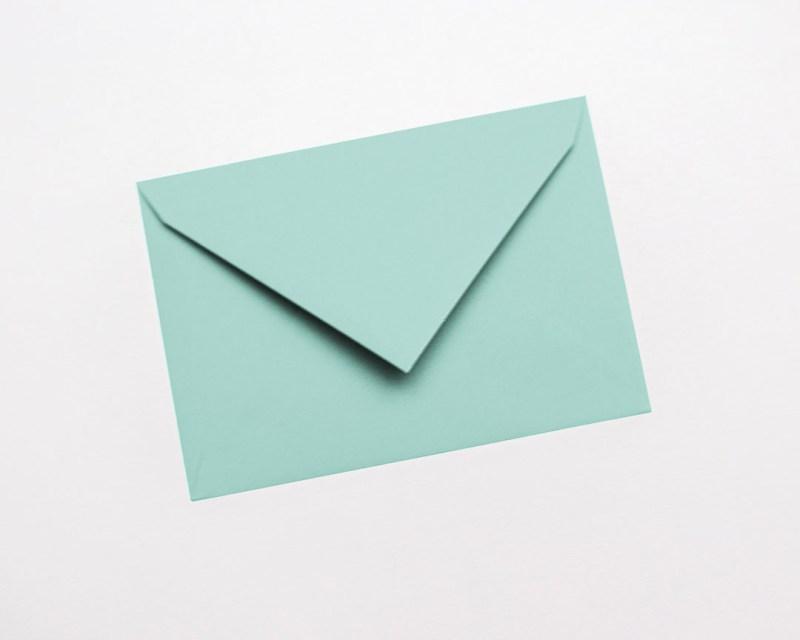 gekleurde enveloppen munt lichtgroen pastel pistache kiwi lichtgroen lichtblauw appelblauwzeegroen teal turquoise