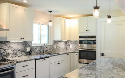 Brand new kitchen layout with Aspen cabinets and Viscount white granite.