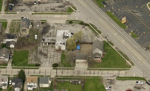 Past Real Estate Auction  2507 W Erie Ave