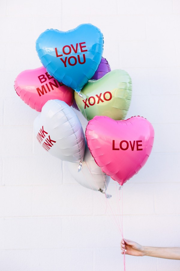 Conversation heart balloons DIY from Studio DIY