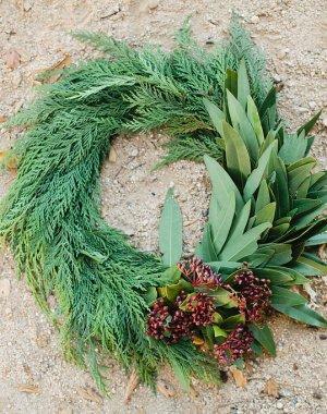DIY Winter Wreath for Christmas | MV Florals & Megan Welker on Oh Lovely Day