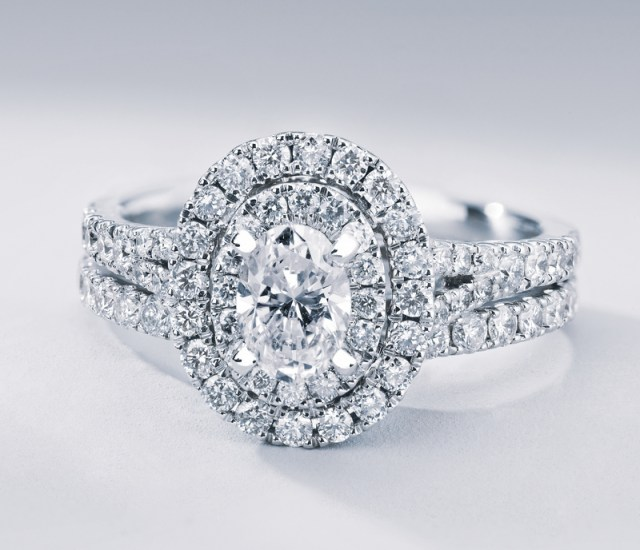 How To Choose An Engagement Ring