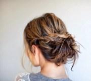 easy messy bun tutorials & quick