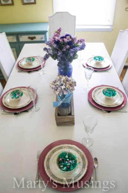 Vintage Classic Easter Table Setting with floral centerpieces