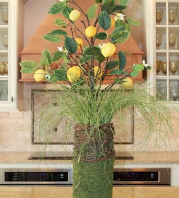 Easy Spring Lemon Centerpiece