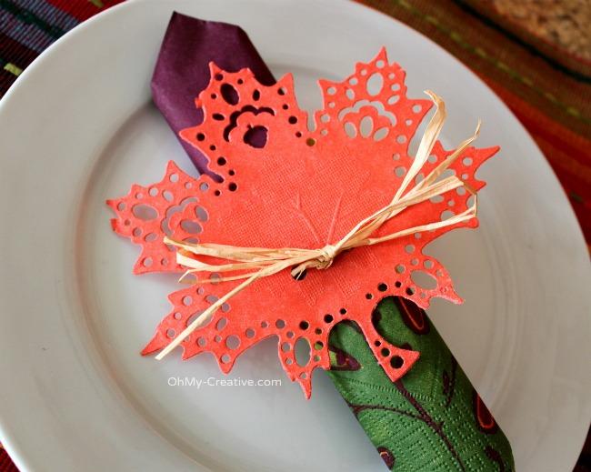 Fall Doily Leaf Napkin Ring - OhMy-Creative.com 2