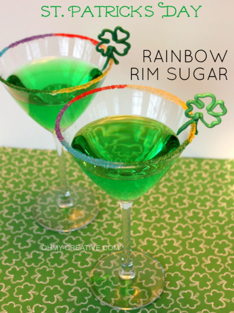 St. Patrick's Day Drinks | OHMY-CREATIVE.COM | Green Drinks for St. Patrick's Day | St. Patrick's Day Cocktails | St. Patrick's Day Drink Recipes | St Paddys Drinks | Irish Cocktails | St. Patty's Day Drinks Recipes