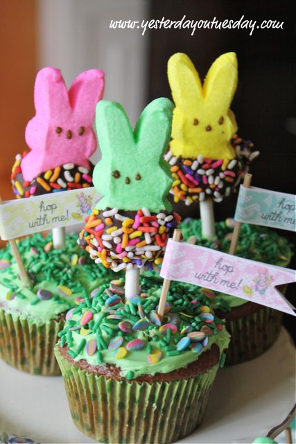Cupcakes with Bunny Peeps Toppers