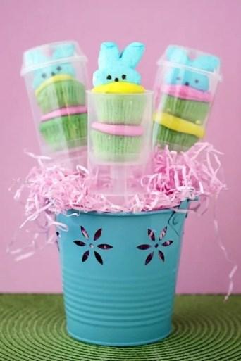 Cupcake and Peeps Push Pops