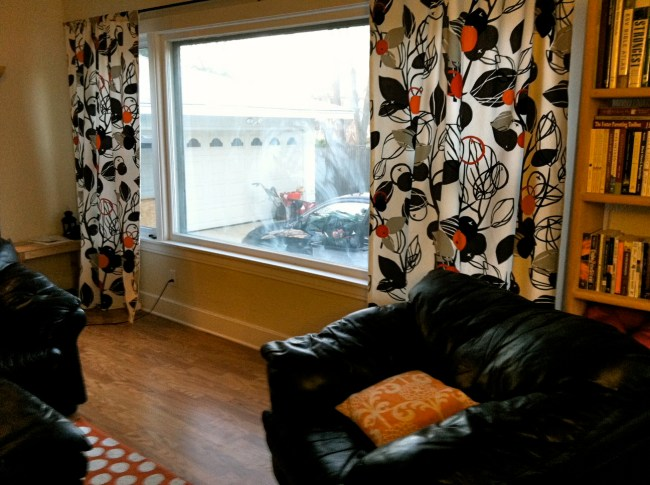 DIY-Curtains-Bold-Fabric