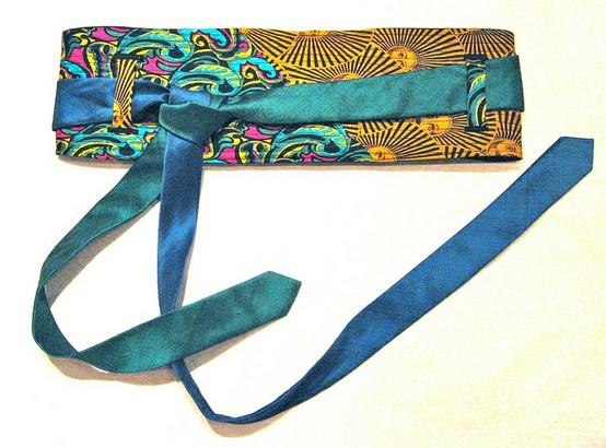 Obit style necktie belt