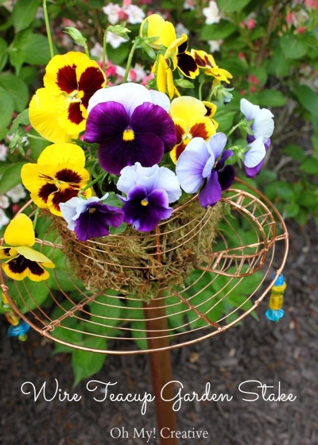DIY Garden Decor – Teacup Garden Stake