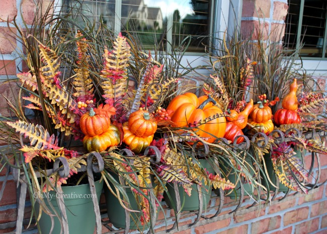 Beautiful Fall Window Box by Oh My Creative