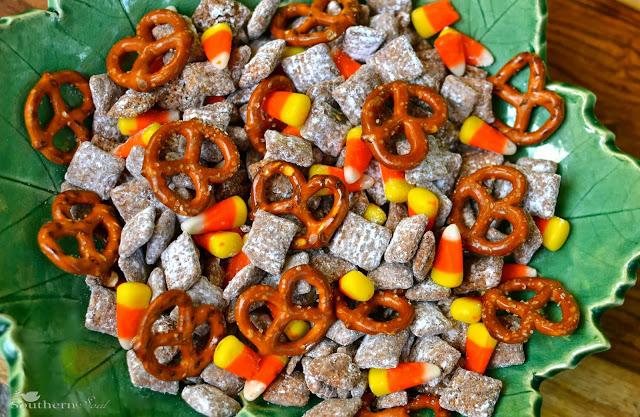 candy corn pretzel snack mix 15 Candy Corn Desserts & Crafts - OhMy-Creative.com | Candy Corn Cupcakes | Candy Corn Desserts | Candy Corn Crafts | Halloween Rice Krispie Treats | Halloween Treats | Candy Corn Marshmallows | Candy Corn Recipe