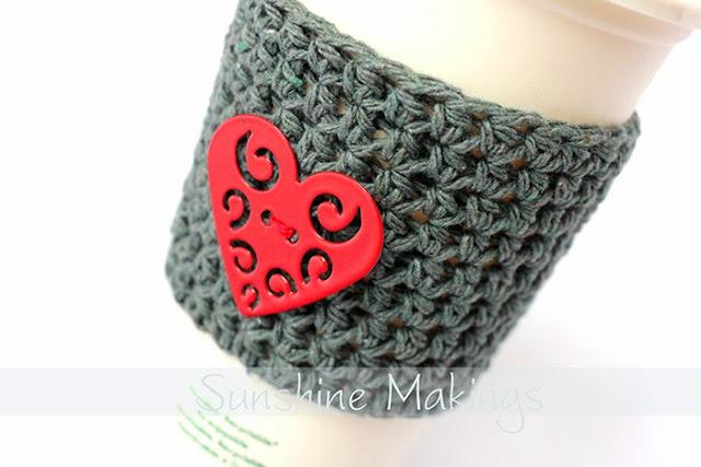 Knitted mug cuff