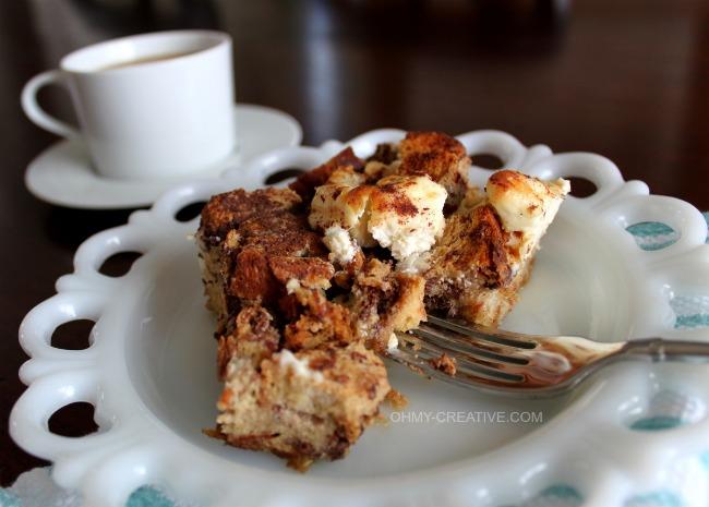 French Toast Casserole  |  OHMY-CREATIVE.COM  #BreakfastRecipe