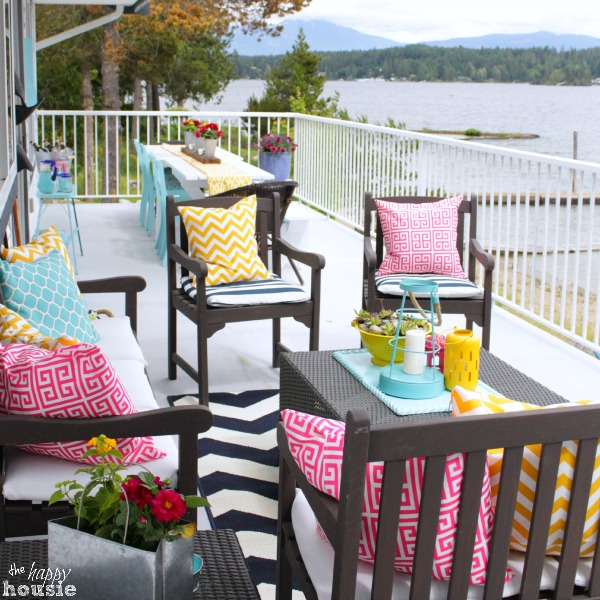 All-Decked-Out-for-Summer-Our-Summer-Deck-at-The-Happy-Housie-whole-deck